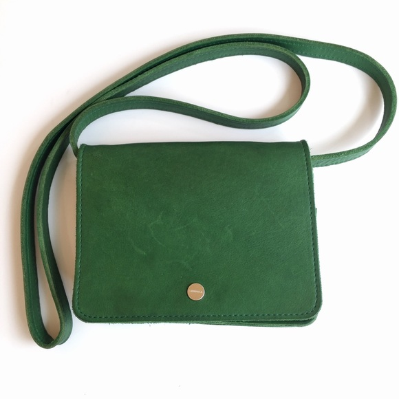 SHINOLA DETROIT Green Leather Crossbody Purse
